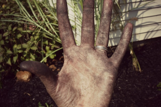 She tells me that real gardeners don't wear gloves. I'm sure quiche is okay though.
